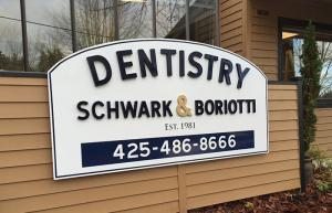 Lynnwood Business Signs for Lynnwood Health professionals