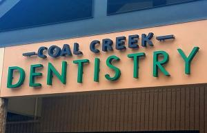 Greenwood Luminous Electrical Signs for Greenwood Dentists